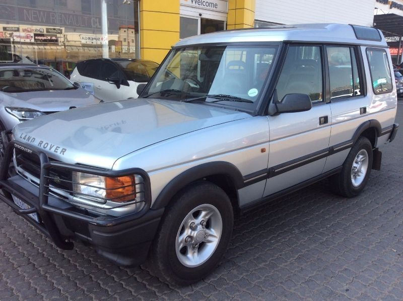 used land rover discovery v8i es for sale in gauteng id 1466811. Black Bedroom Furniture Sets. Home Design Ideas