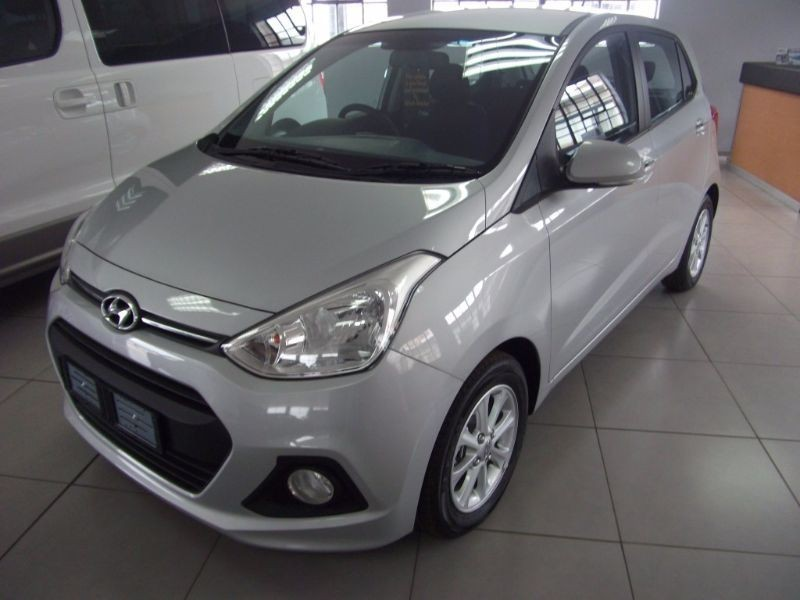 used hyundai i10 grand i10 fluid automatic demo for sale in north west province. Black Bedroom Furniture Sets. Home Design Ideas