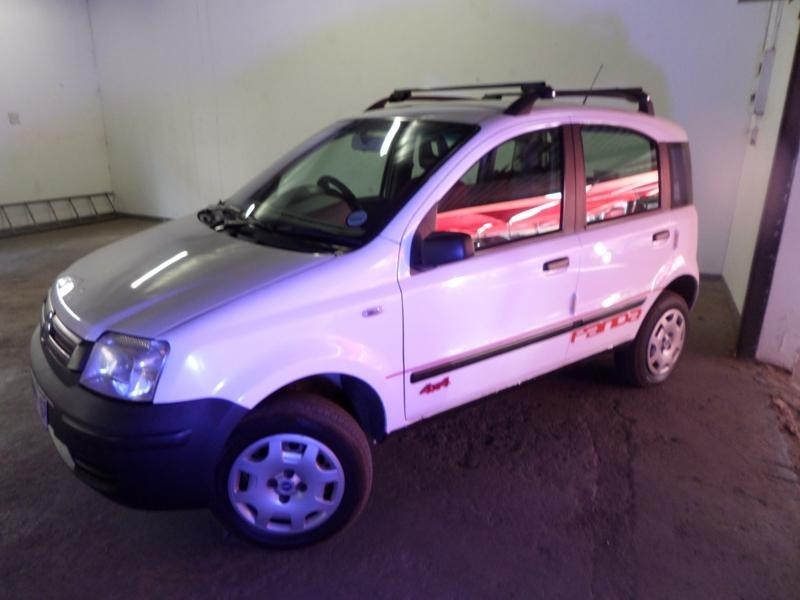 used fiat panda 1 2 climbing 4x4 for sale in gauteng id 1471377. Black Bedroom Furniture Sets. Home Design Ideas
