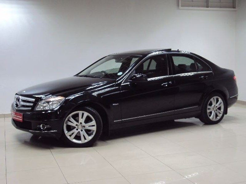 Used mercedes benz c class c180 avantgarde 7g tronic for Mercedes benz panoramic roof