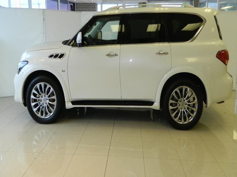 used infiniti qx80 5 5 v8 for sale in western cape id 1471798. Black Bedroom Furniture Sets. Home Design Ideas