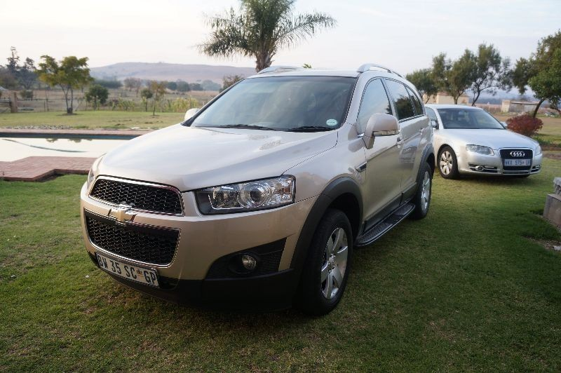 used chevrolet captiva 2 4 lt for sale in gauteng cars. Black Bedroom Furniture Sets. Home Design Ideas