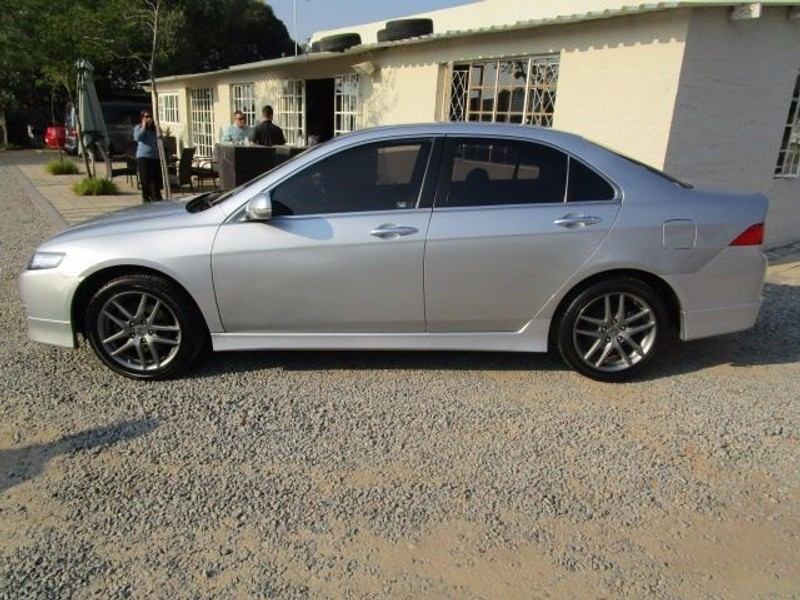 used honda accord 2 4 type s for sale in gauteng id 1479507. Black Bedroom Furniture Sets. Home Design Ideas