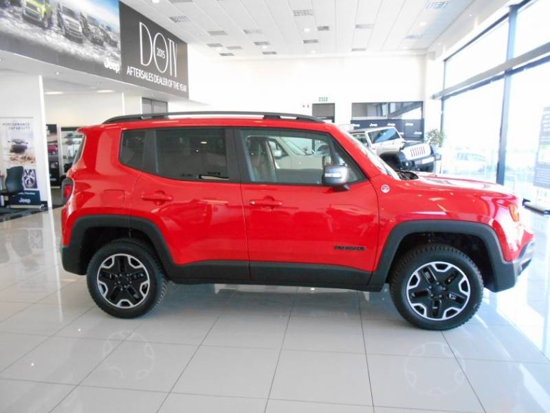 consumer reports jeep trailhawk cherokee autos post. Black Bedroom Furniture Sets. Home Design Ideas