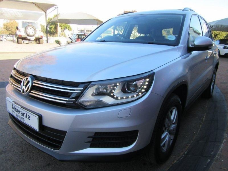 used volkswagen tiguan 2013 vw tiguan 1 4 tsi bluemotion trend fun dsg for sale in gauteng. Black Bedroom Furniture Sets. Home Design Ideas
