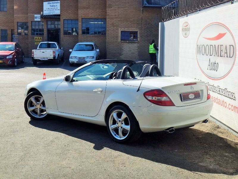 Used mercedes benz slk class convertible for sale in for Mercedes benz slk convertible for sale