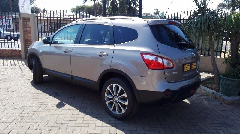 used nissan qashqai 2 0 acenta 2 7 seater for sale in. Black Bedroom Furniture Sets. Home Design Ideas