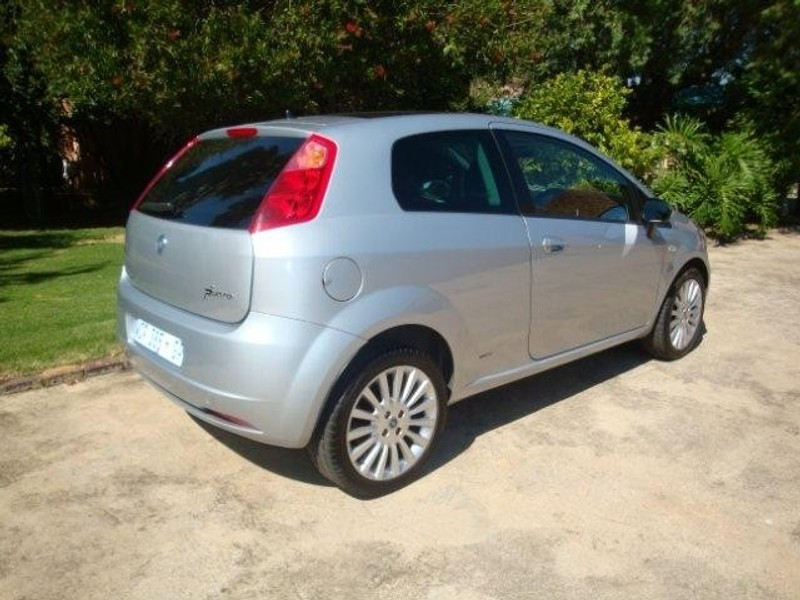 used fiat grande punto 1 9 emotion 3dr for sale in gauteng id 1496408. Black Bedroom Furniture Sets. Home Design Ideas