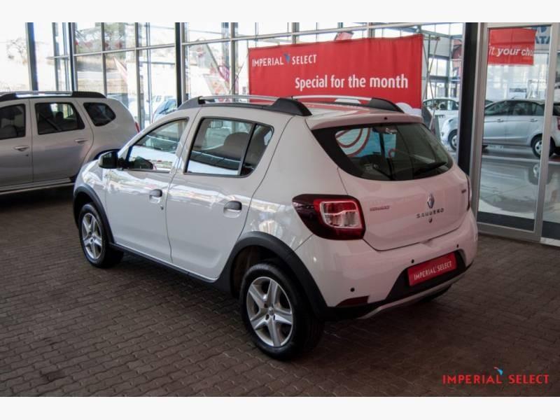 Used Renault Sandero 900T Stepway for sale in Mpumalanga ...