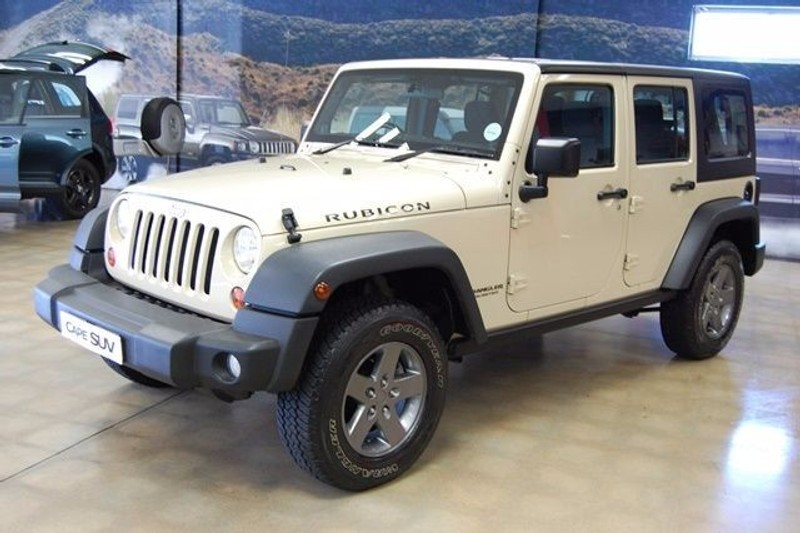 used jeep wrangler 2011 jeep wrangler 3 8 auto rubicon unlimited 4x4 for sale in western cape. Black Bedroom Furniture Sets. Home Design Ideas