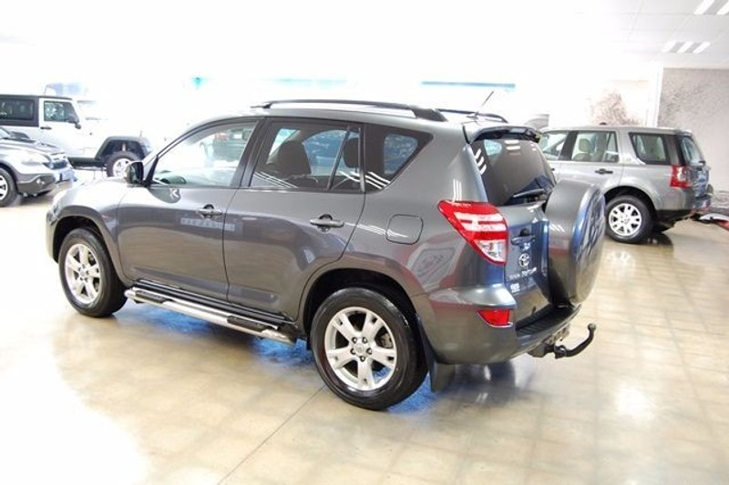 used toyota rav 4 2010 toyota rav 4 2 2 d 4d 4x4 6 speed. Black Bedroom Furniture Sets. Home Design Ideas