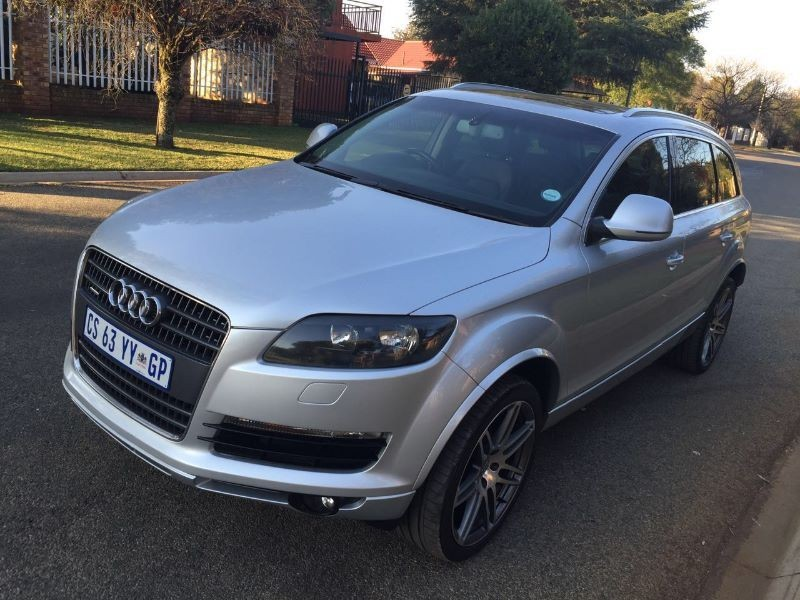 used audi q7 4 2 fsi v8 quattro tip for sale in gauteng id 1501754. Black Bedroom Furniture Sets. Home Design Ideas