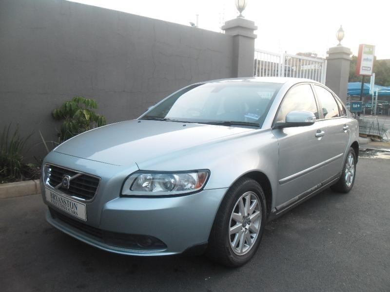 used volvo s40 for sale in gauteng id 1502318. Black Bedroom Furniture Sets. Home Design Ideas