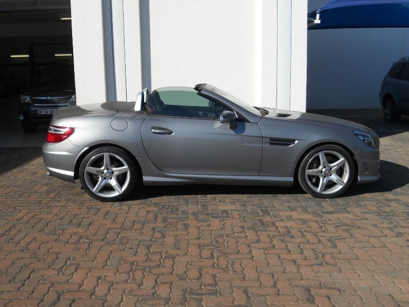 Used mercedes benz slk class 200 automatic convertible for for Mercedes benz slk convertible for sale