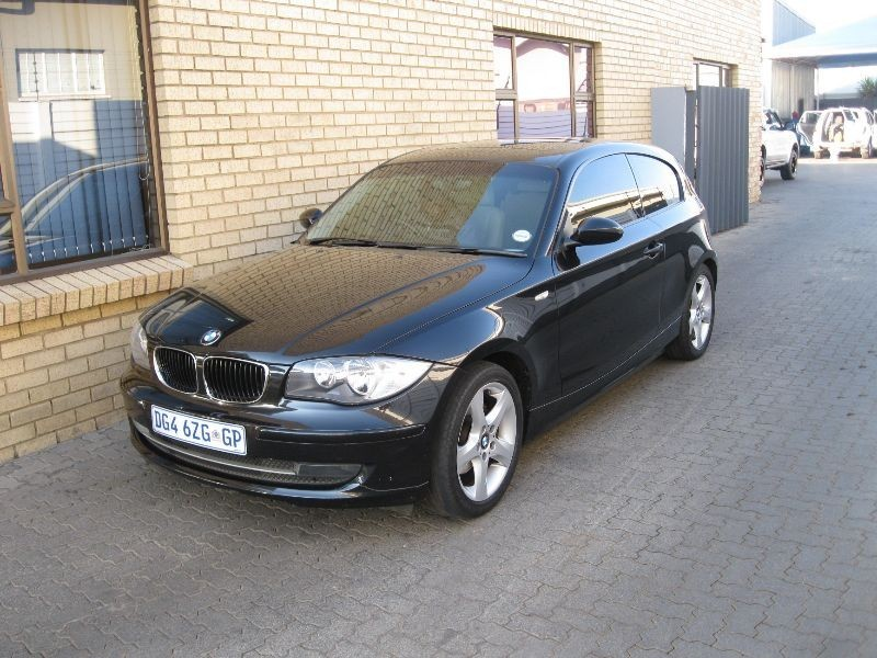 used bmw 1 series 120i 3dr e81 for sale in gauteng id 1506760. Black Bedroom Furniture Sets. Home Design Ideas