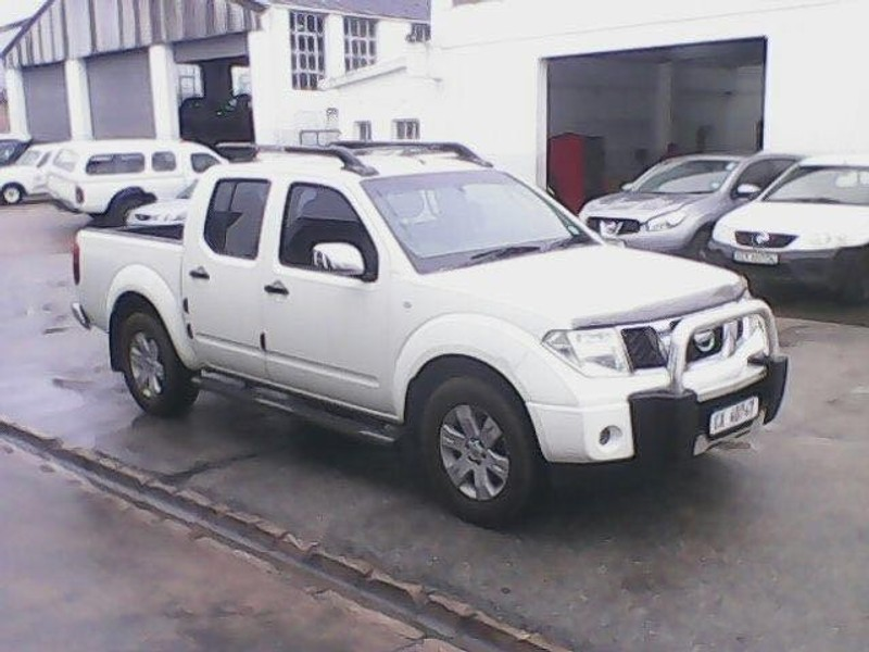 used nissan navara 4 0 v6 p u d c for sale in western cape id 1507218. Black Bedroom Furniture Sets. Home Design Ideas