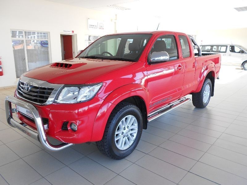 used toyota hilux 3 0d 4d legend 45 xtra cab p u for sale in gauteng id 1508635. Black Bedroom Furniture Sets. Home Design Ideas