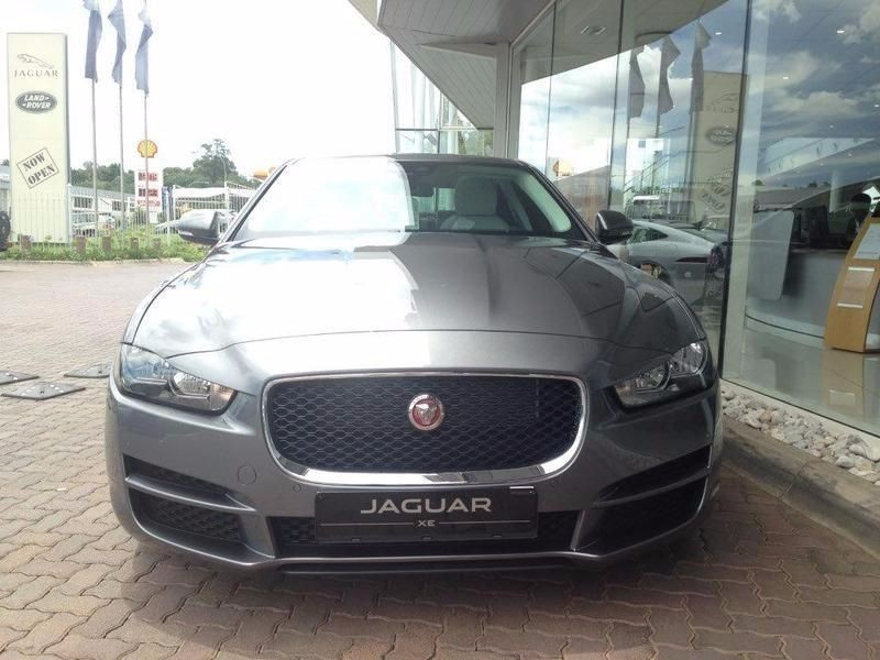 used jaguar xe 2 0d pure for sale in gauteng id 1510081. Black Bedroom Furniture Sets. Home Design Ideas
