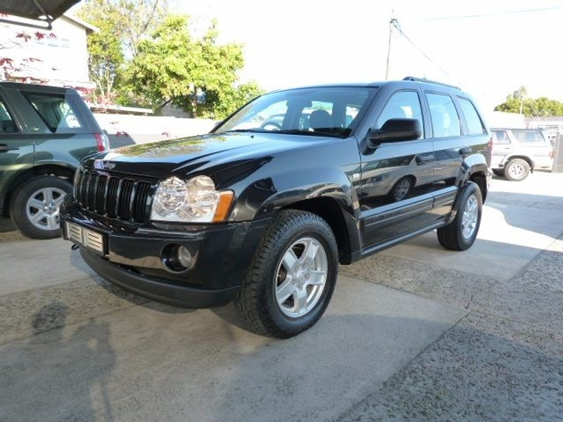 used jeep grand cherokee 4 7 v8 laredo for sale in western cape id 1513174. Black Bedroom Furniture Sets. Home Design Ideas