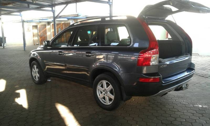 used volvo xc90 for sale in gauteng id 1513260. Black Bedroom Furniture Sets. Home Design Ideas