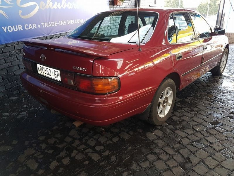 used toyota camry 220 sei for sale in gauteng. Black Bedroom Furniture Sets. Home Design Ideas