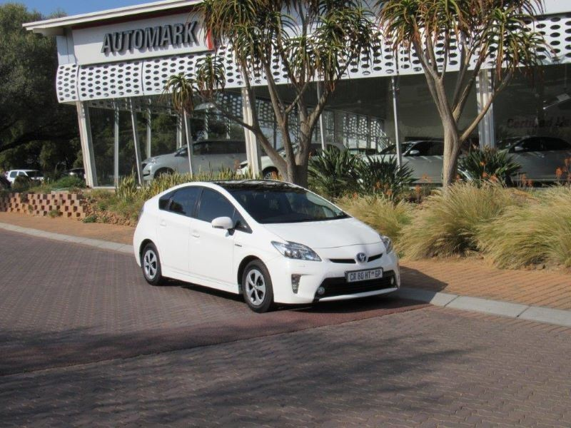 new used toyota prius for sale in california motor trend autos post. Black Bedroom Furniture Sets. Home Design Ideas