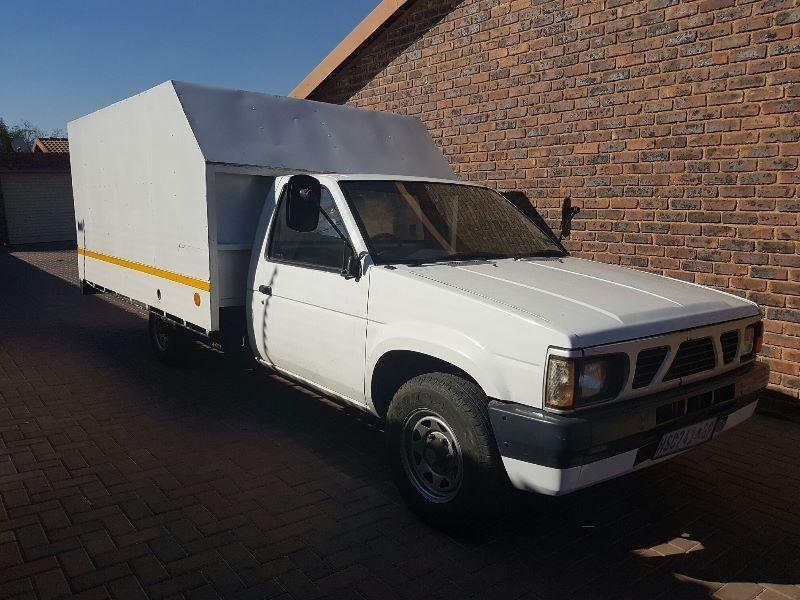used nissan 1 tonner 1999 nissan hardbody custom made 1 tonner for sale in gauteng. Black Bedroom Furniture Sets. Home Design Ideas