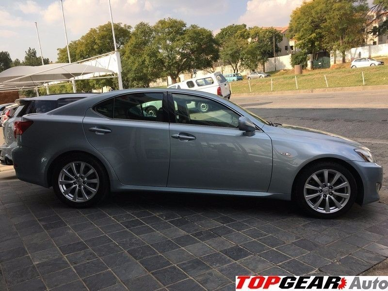 used lexus is 250 se a t for sale in gauteng id 1523829. Black Bedroom Furniture Sets. Home Design Ideas