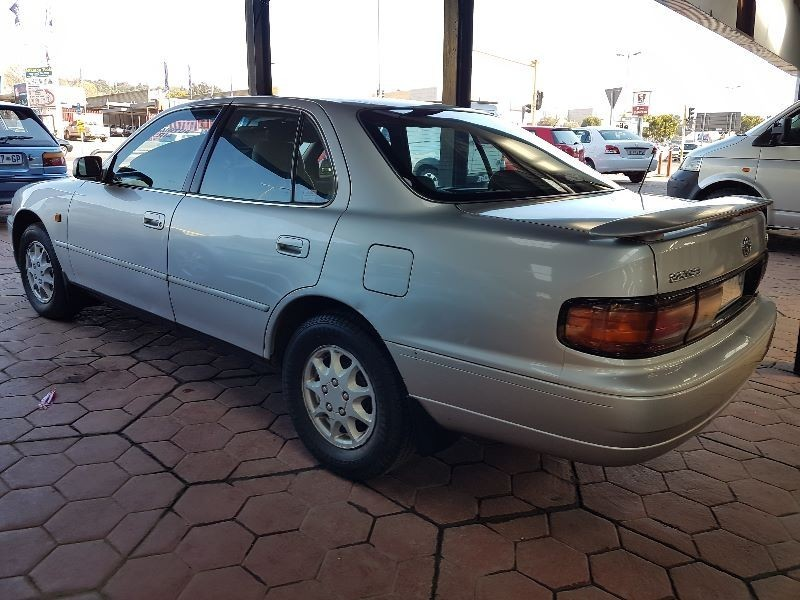 used toyota camry 220 sei a t for sale in gauteng cars. Black Bedroom Furniture Sets. Home Design Ideas