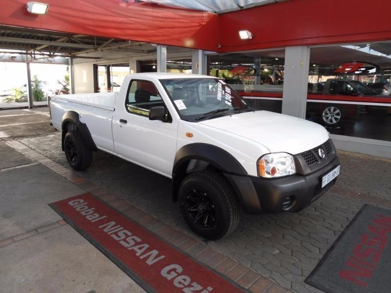 used nissan hardbody np300 2 4 s cab 4x4 for sale in gauteng id 1528246. Black Bedroom Furniture Sets. Home Design Ideas