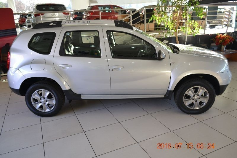 used renault duster have demo 39 s and used for sale in gauteng id 1529729. Black Bedroom Furniture Sets. Home Design Ideas