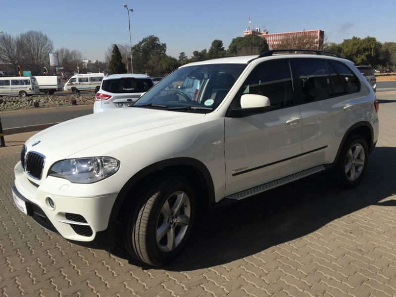 Used BMW X5 VERY LOW MILEAGE...LIKE NEW For Sale In