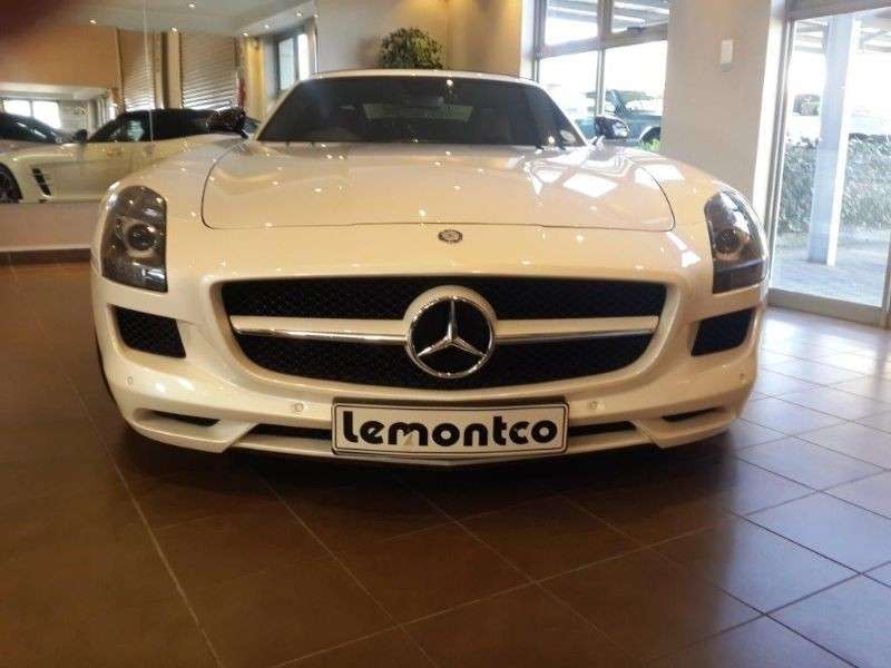 Used mercedes benz sls class sls amg roadster for sale in for Used mercedes benz sls amg for sale