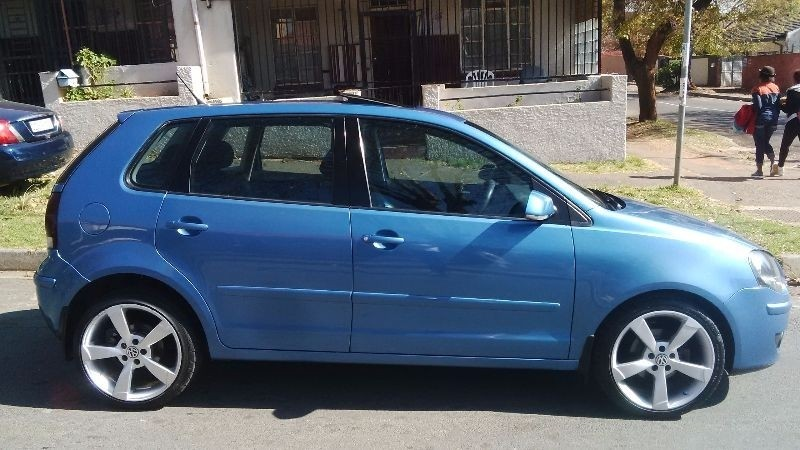 Used Volkswagen Polo 1 6comfortline With Sunroof Leather Interior For Sale In Gauteng