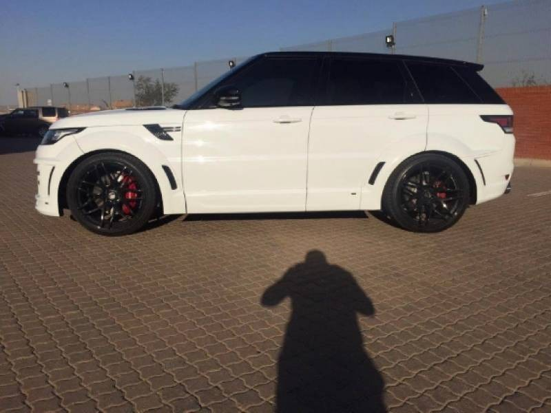 used land rover range rover sport 5 0 v8 s c hse dynamic. Black Bedroom Furniture Sets. Home Design Ideas