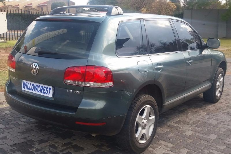 used volkswagen touareg r5 2 5 tdi for sale in gauteng id 1545170. Black Bedroom Furniture Sets. Home Design Ideas