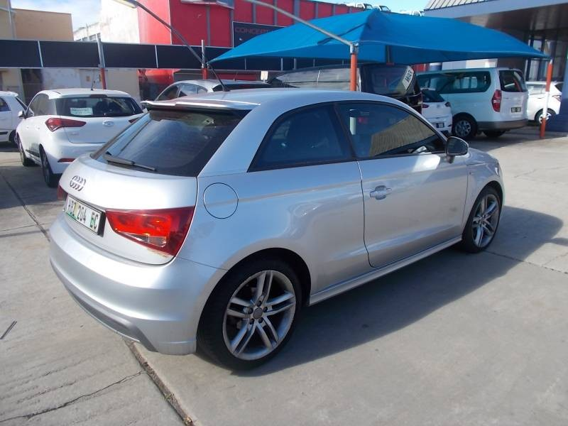 2011 Audi A1 First Drive Review Car Reviews Car And