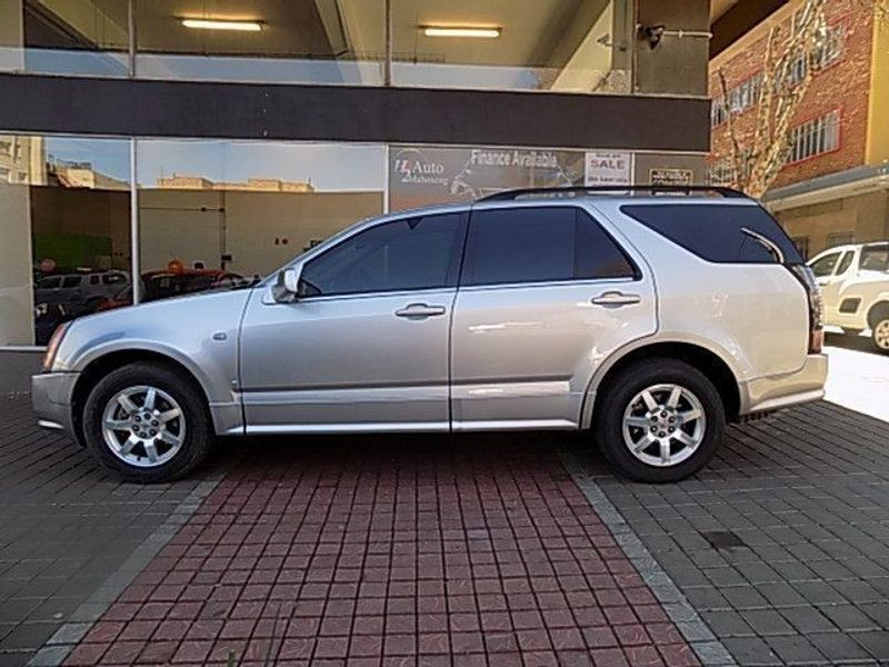 used cadillac srx 3 6 v6 a t for sale in gauteng id 1547787. Black Bedroom Furniture Sets. Home Design Ideas