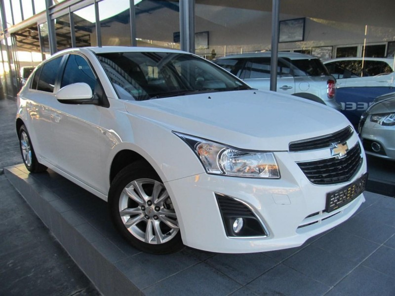 used chevrolet cruze 1 6 ls 5dr for sale in gauteng cars. Black Bedroom Furniture Sets. Home Design Ideas