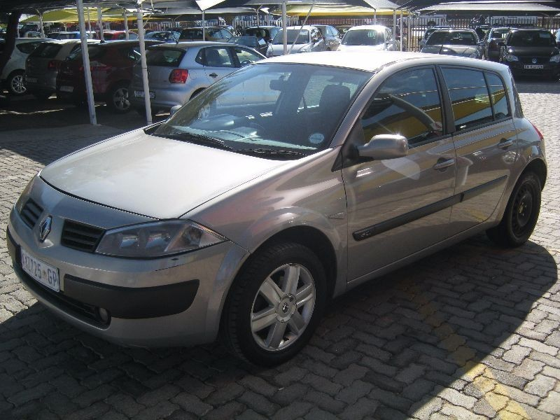 used renault megane ii 1 9 dci dynamique 5dr for sale in gauteng id 1551672. Black Bedroom Furniture Sets. Home Design Ideas
