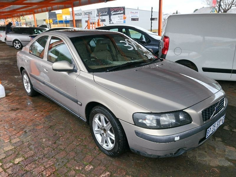 used volvo s60 for sale in gauteng id. Black Bedroom Furniture Sets. Home Design Ideas