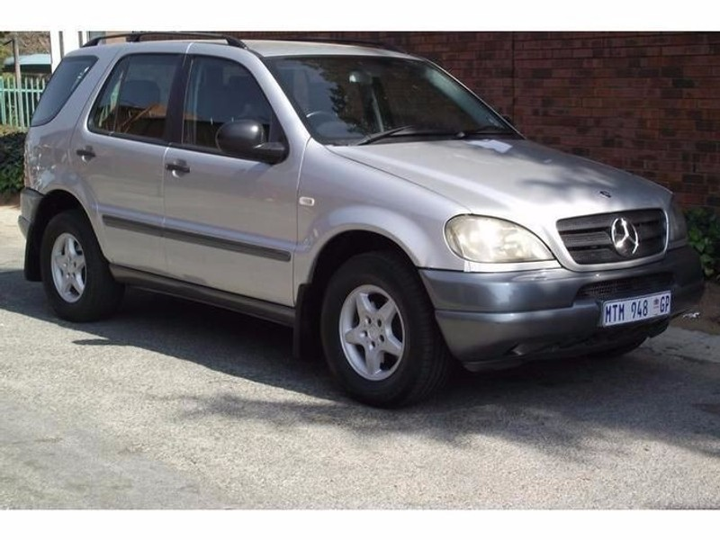 Used mercedes benz m class ml270 cdi for sale in gauteng for 2001 mercedes benz m class