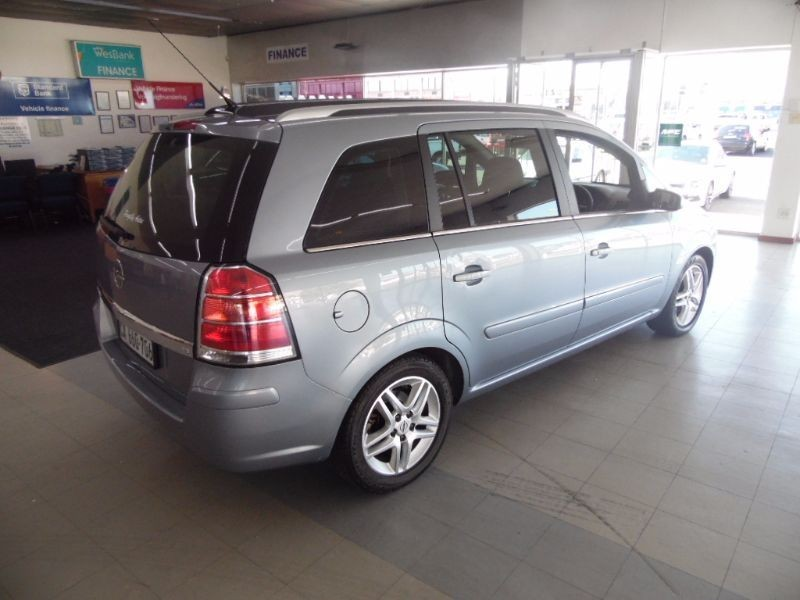used opel zafira 7 seater 96 000km for sale in western cape id 1557886. Black Bedroom Furniture Sets. Home Design Ideas