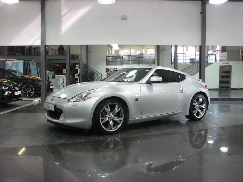 used nissan 370z coupe for sale in gauteng id 1558153. Black Bedroom Furniture Sets. Home Design Ideas