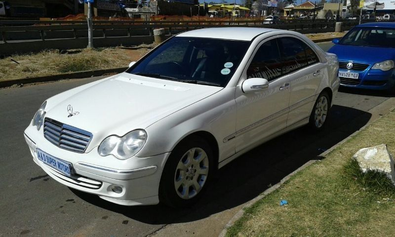 Used mercedes benz c class c 180 classic a t for sale in for 2006 mercedes benz c class for sale