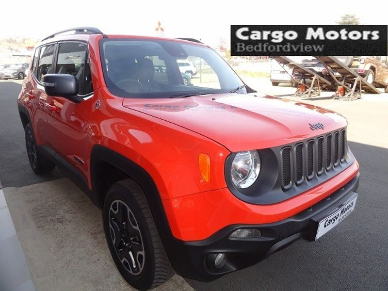 used jeep renegade 2 4 trailhawk auto for sale in gauteng id 1560305. Black Bedroom Furniture Sets. Home Design Ideas