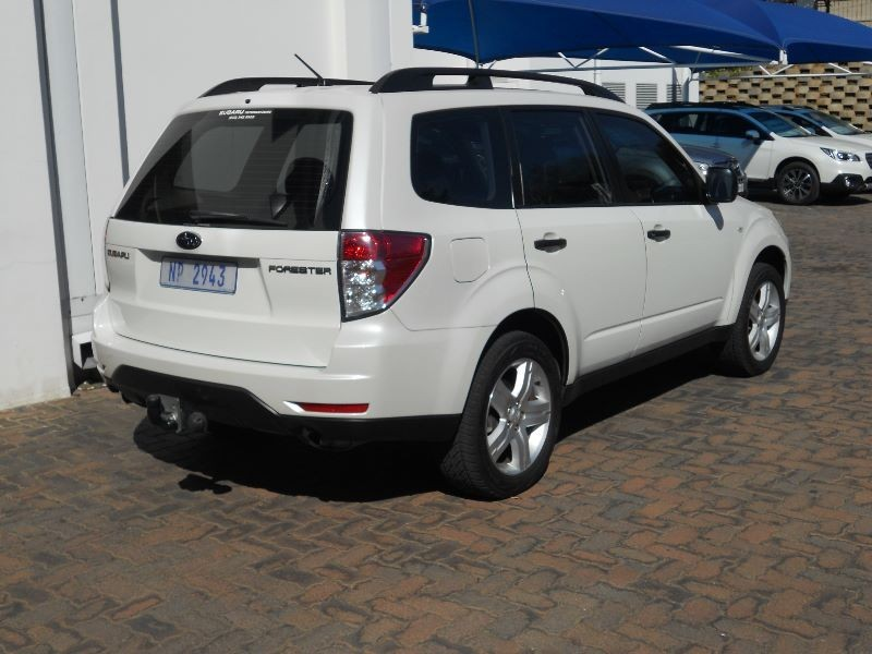 used subaru forester x manaul for sale in gauteng cars. Black Bedroom Furniture Sets. Home Design Ideas