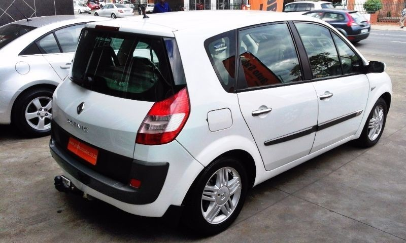 used renault scenic ii privilege 2 0 for sale in kwazulu natal id 1560341. Black Bedroom Furniture Sets. Home Design Ideas