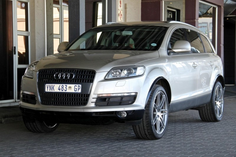 used audi q7 4 2 fsi v8 quattro tip for sale in gauteng id 1567950. Black Bedroom Furniture Sets. Home Design Ideas