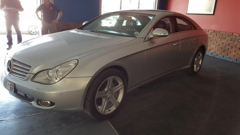 used mercedes benz cls class cls 500 for sale in gauteng id 1569662. Black Bedroom Furniture Sets. Home Design Ideas